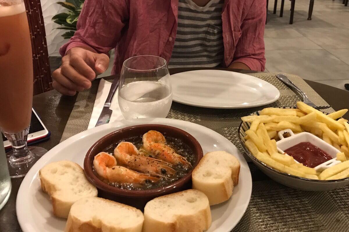 タパスラズリのディナー