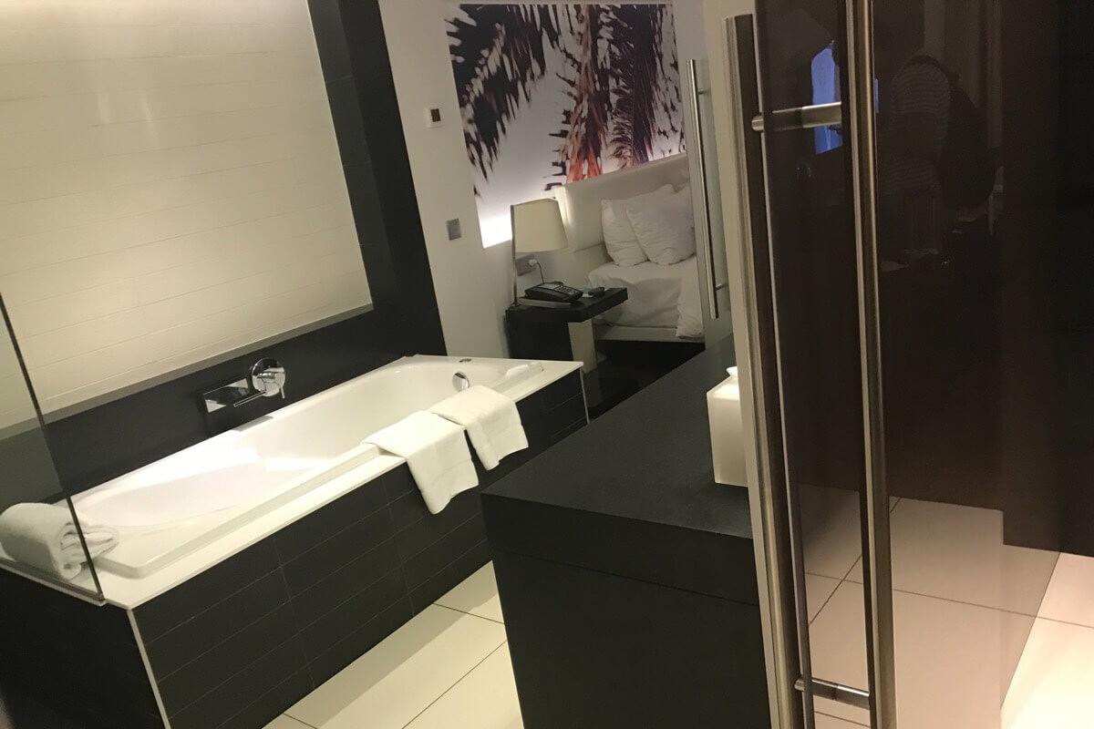 ル・メリディアン・ヌメア・リゾート&スパのお風呂