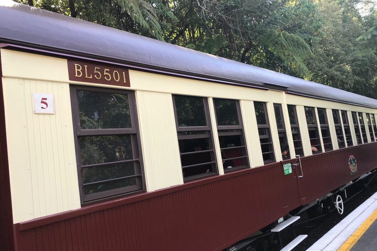 キュランダ鉄道のゴールドクラス