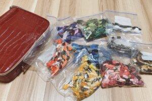 刺繍糸のジップロック収納